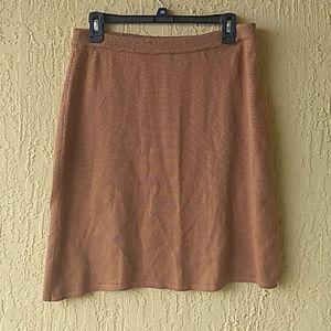 Tan knit mid skirt Sz Lbby Ralsey